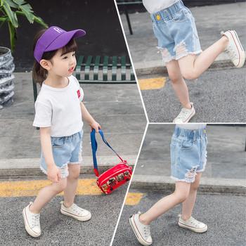 Детски къси дънки за момичета с копче и разкъсани мотиви