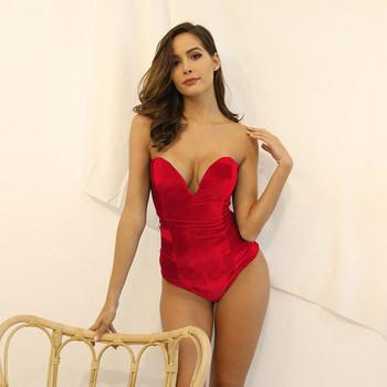 Стилно дамско боди  от кадифе в червен цвят