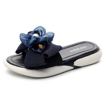 Модерни дамски чехли с 3D елемент и перли в няколко цвята