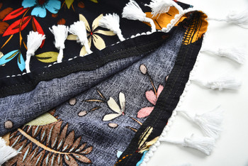 Летен дамски комплект от две части с цветен мотив