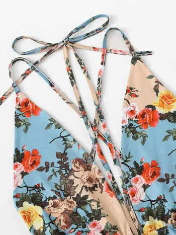 Модерен дамски цял  бански костюм с флорален десен