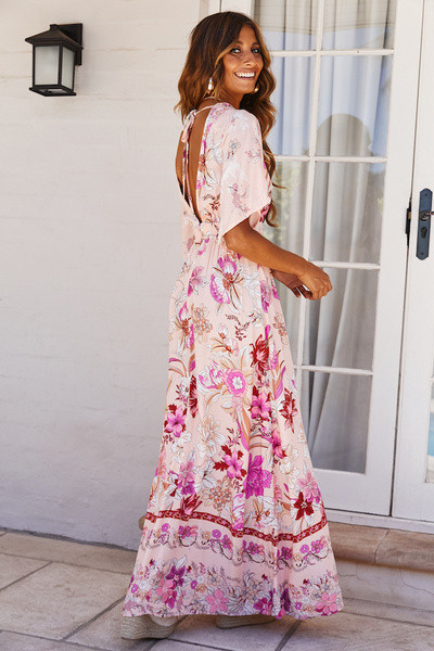 7e61da13154 Дамска дълга рокля с лотос ръкав и флорален десен - Badu.bg - Светът в ръцете  ти