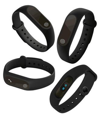 Фитнес гривна със силиконова каишка модел M2 в черен цвят
