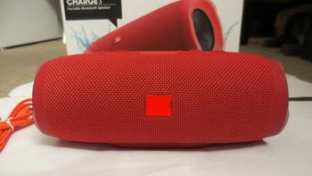 Преносима bluetooth колонка XTREME SMALL с AUX и USB порт и слот за TF/SD card -червен цвят