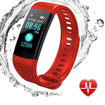 Фитнес гривна модел Y5 в червен цвят