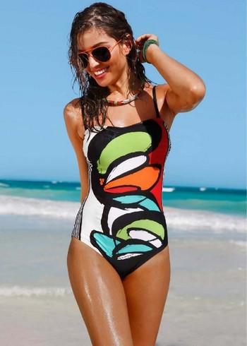 Дамски цял бански костюм с цветна апликация