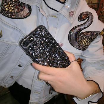 Силиконов калъф с камъни в черен  цвят за iPhone 7 и iPhone 8