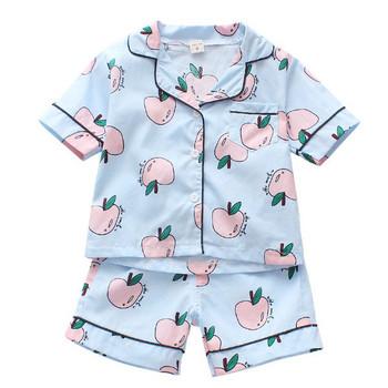 Детска пижама за момчета в два цвята с различни апликации