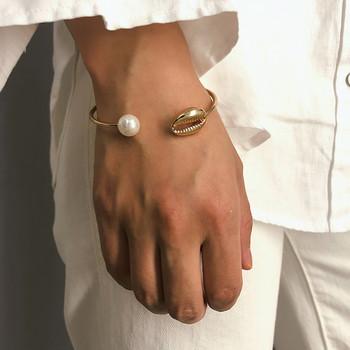 Дамска актуална гривна в златист и сребрист цвят
