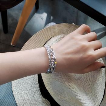 Модерна дамска гривна-в златист и сребрист цвят