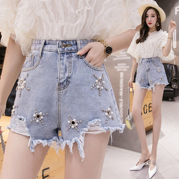 Дамски модерни къси дънкови панталони с метални елементи