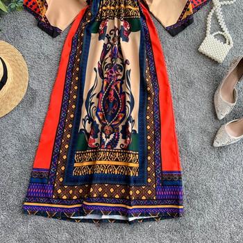 Дамска рокля с цветен десен и лотос ръкав
