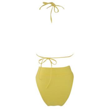 Модерен бански костюм от две части с триъгълно горнище и долнище с висока талия в жълт цвят
