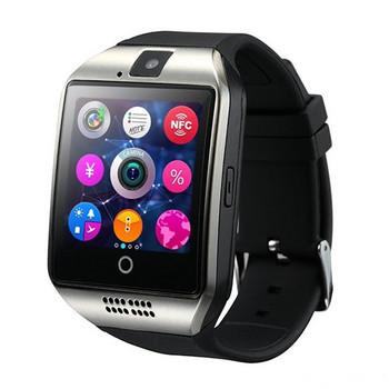 Смарт часовник модел Q18  с камера и слот за сим карта сребрист с черна силиконова каишка