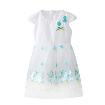 Стилна детска рокля в бял цвят с бродерия и тюл