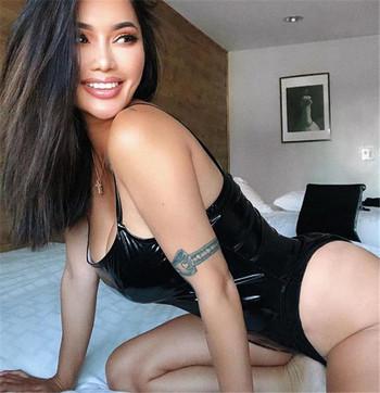 Дамско боди от еко кожа с тънки презрамки в черен цвят