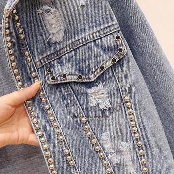 Модерно дамско дънково яке с камъни и джоб