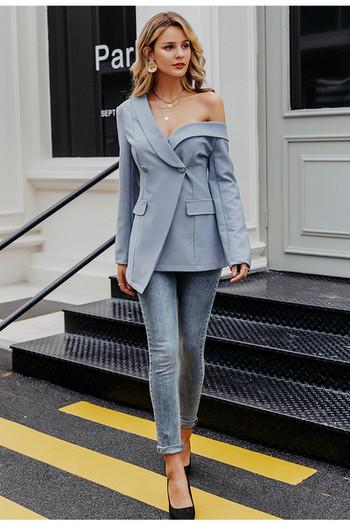Стилно дамско сако асиметричен модел в син цвят