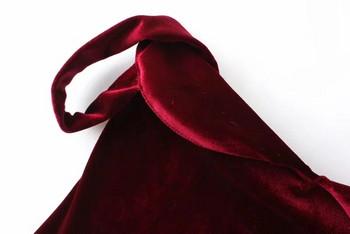 Актуално дамско боди от кадифе в червен цвят