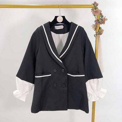 Дамско сако  в черен цвят с ластик на ръкавите