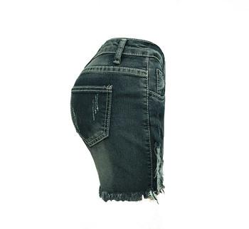 Дамски ежедневни къси панталони със скъсани мотиви