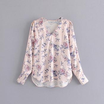 Дамска блуза с флорален десен и  V-образно деколте