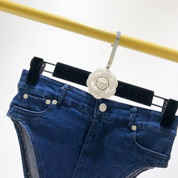 Дамски модерни къси панталони в два цвята