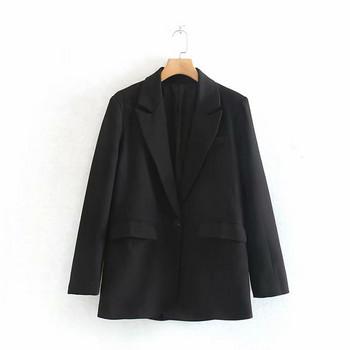 Елегантно дамско сако в черен цвят - прав модел