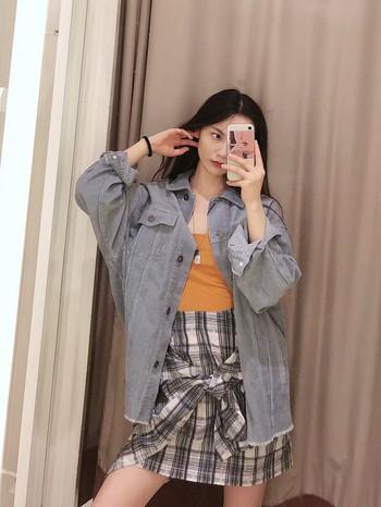 Дамско дънково яке в три цвята - широк и дълъг модел