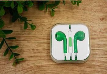 Аудио слушалки тип Earpods в зелен цвят