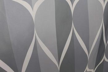 Водоустойчива завеса за баня в сив цвят + пластмасови халки за закачане  - размер 180 х 180 см