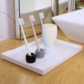 Малка керамична поставка за химикали и четка за зъби  в кръгла форма с размер 3х3 см - три цвята