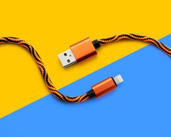 USB кабел за бързо зареждане и синхронизиране  Type-L с плетена обвивка