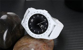 Смарт часовник с камера и USB кабел модел L9, съвместим с Android/IOS - бял цвят