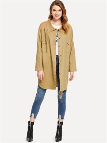 Μοντέρνο γυναικείο μπουφάν για το  φθινόπωρο με κουμπιά και τσέπη σε καφέ χρώμα