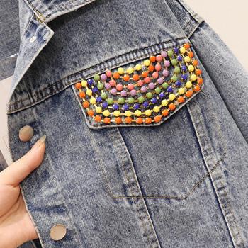 Σύγχρονο γυναικείο τζιν μπουφάν  πολύχρωμα στοιχεία