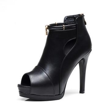 Дамски сандали с висок ток от еко кожа в черен цвят