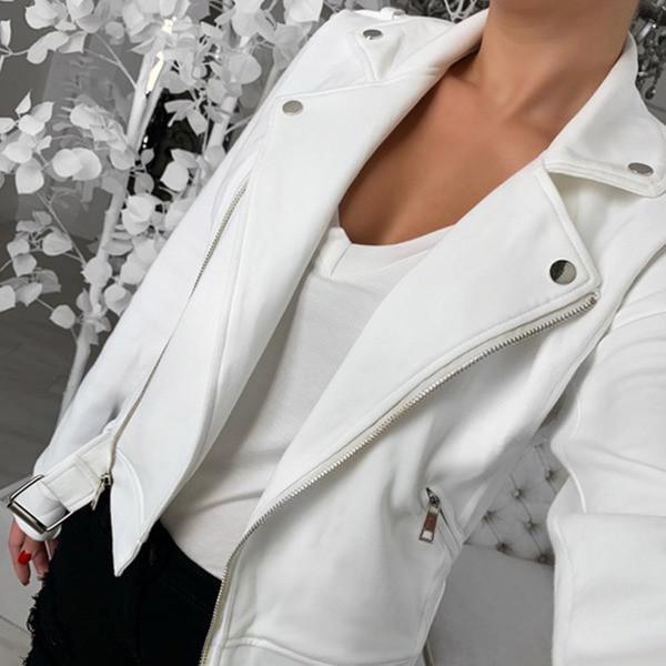 Μοντέρνο γυναικείο έκο δερμάτινο μπουφάν με ζώνη σε μαύρο και άσπρο χρώμα