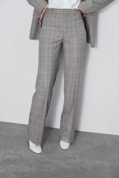 Дълъг елегантен кариран панталон с висока талия