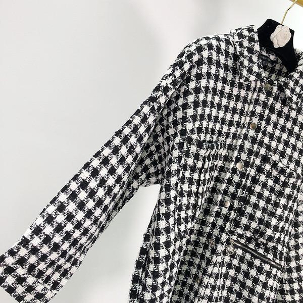 Λεπτό καρό μπουφάν με κουμπιά και τσέπες