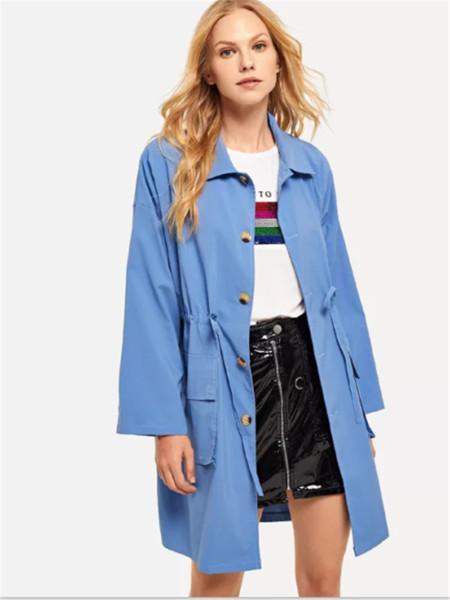 Μοντέρνο γυναικείο σακάκι φθινόπωρο σε μπλε χρώμα
