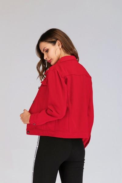 Μοντέρνο γυναικέιο μπουφάν τζην σε κόκκινο χρώμα