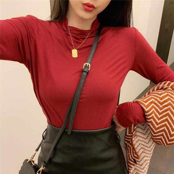 Дамска блуза с висока яка в три цвята