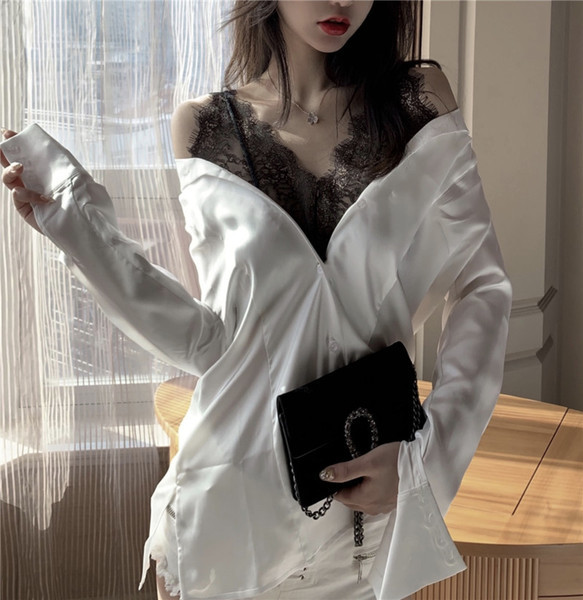 Γυναικεία πουκάμισο σε λευκό χρώμα με  δαντέλας