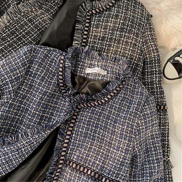 Κομψό γυναικείο φθινοπωρινό μπουφάν σε γκρι και μαύρο χρώμα