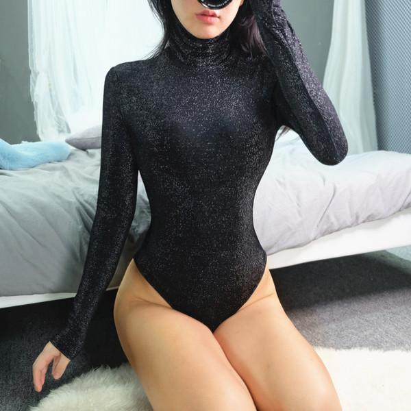 Модерно  дамско боди с висока яка и дълъг ръкав в черен цвят