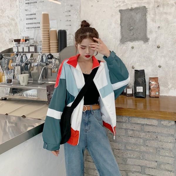 Γυναικείο μακρύ μπουφάν - ευρύ μοντέλο