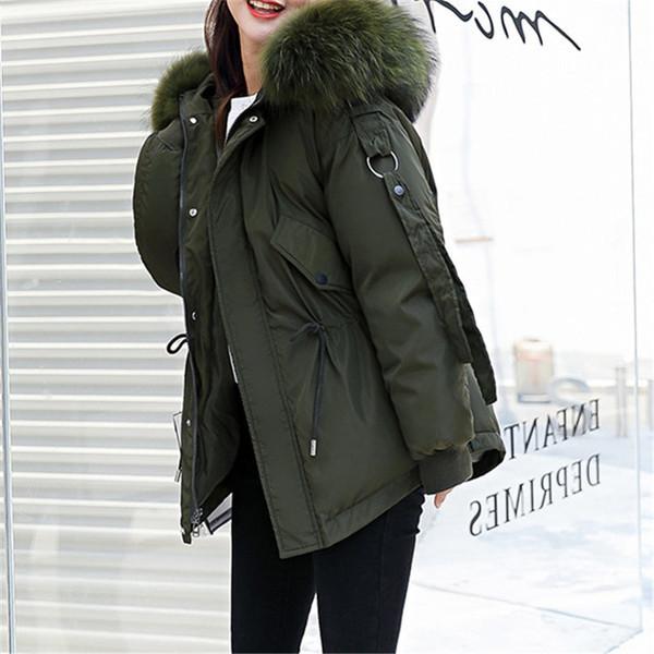 Μοντέρνο σύντομο χειμωνιάτικο γυναικείο μπουφάν με χνούδι σε διάφορα χρώματα