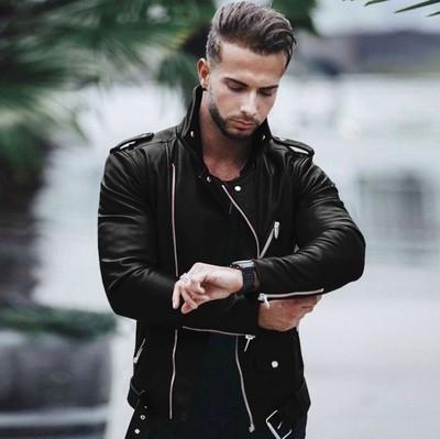 Σύγχρονο ανδρικό έκο δερμάτινο μπουφάν με τσέπη και μακρύ μανίκι σε μαύρο χρώμα