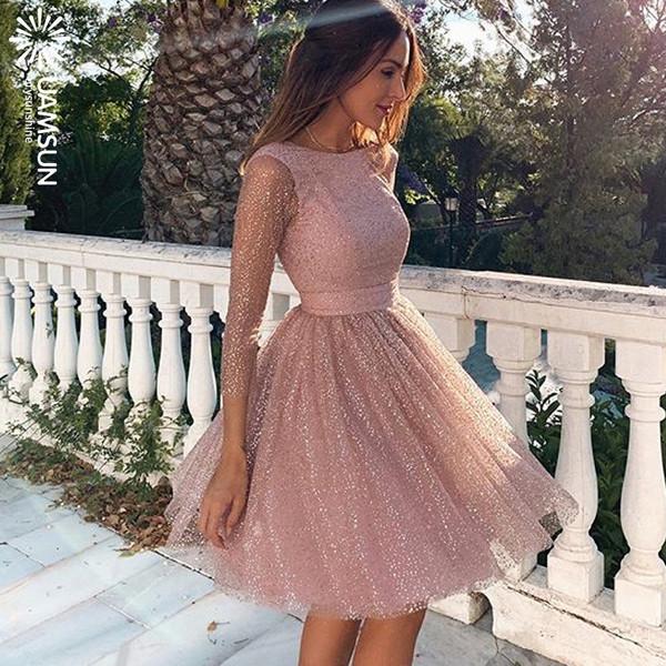 Елегантна дамска къса рокля с 3/4 ръкав в розов цвят